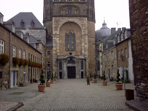 th_Aachen-20131117-01667.jpg