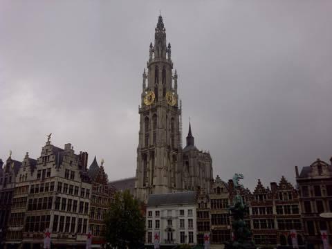 th_Antwerpen-20131005-01572.jpg
